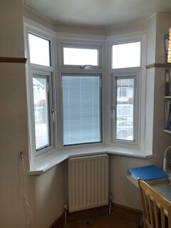 'in glass' blinds